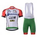 Ensemble cuissard vélo et maillot cyclisme équipe pro Bardiani CSF 2017